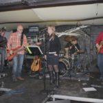 2013-10-19 kroegentocht 008a Maes aan de Dender- Promille coverband